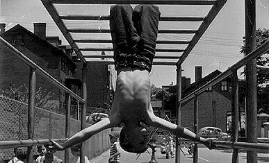 wpid-monkey-bars-over-pavement-21